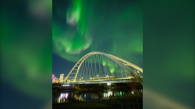 Aurora borealis were visible in Alberta's capital city on Thanksgiving, Oct. 11, 2021. (Credit: @SpennyV17)