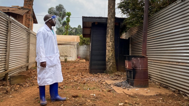 La ONU comienza a vacunar a las personas contra el ébola en el Congo