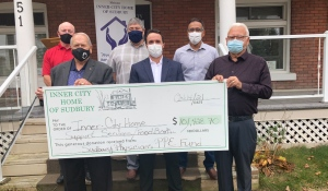 On Thursday, a group of Sudbury physicians made a generous donation -- $100,000 -- to the Inner Home of Sudbury. (Alana Everson/CTV News)