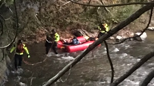 Firefighters in the midst of a water rescue in Elora Gorge Park. (Twiiter: @karnDC2) (Oct. 14, 2021)