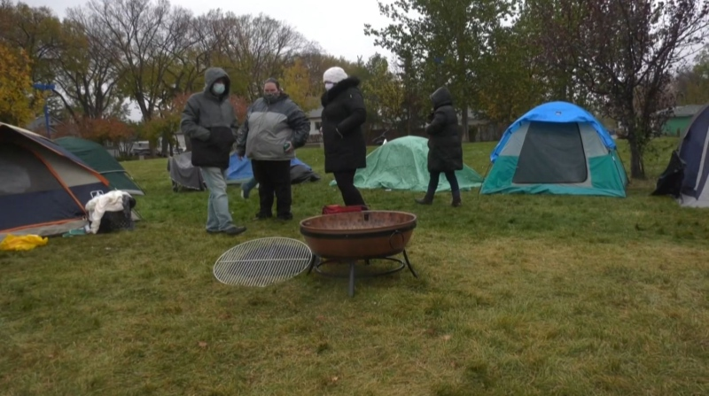 Regina mayor works with tent community