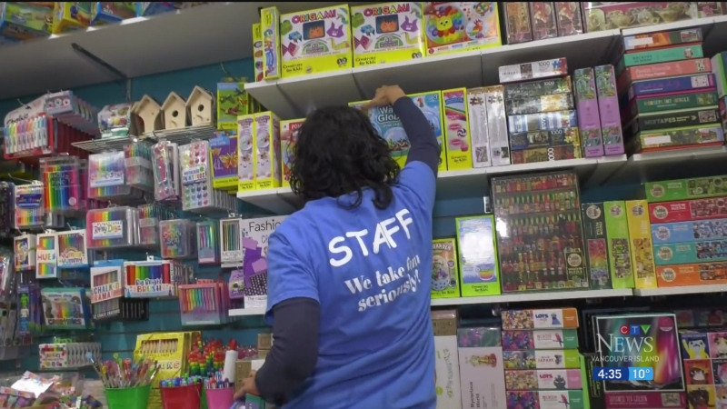 Retailers suggest buying Christmas gifts early