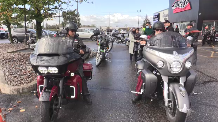 Riders gather at Hully Gully in London, Ont. for the Fall Colour Ride fundraiser on Saturday, Oct. 16, 2021. (Brent Lale / CTV News)