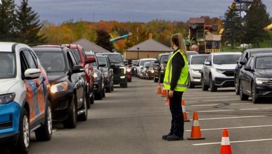 Faced with long lineups and heavy demand, health officials in New Brunswick were forced to cut short the distribution of free COVID-19 rapid-test kits at three locations Saturday.