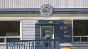Smooth Rock Falls is excited about the dozens of new families who've moved to its town and is looking forward to more relocating here with the opening of a new industrial park where a forestry company once operated. Oct. 18/21 (Lydia Chubak/CTV News Northern Ontario)