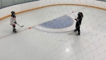 A U of S study found no link in physiological changes for minor hockey players who wore facemasks while performing drills in full equipment. (Phil Chilibeck/College of Kinesiology)