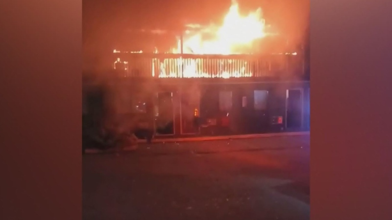 Fire sends 1 to hospital in Courtenay