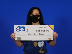 Winnie Unger of Ottawa won the Guaranteed $1 million prize in the Lotto 6/49 draw. (Photo courtesy: OLG)