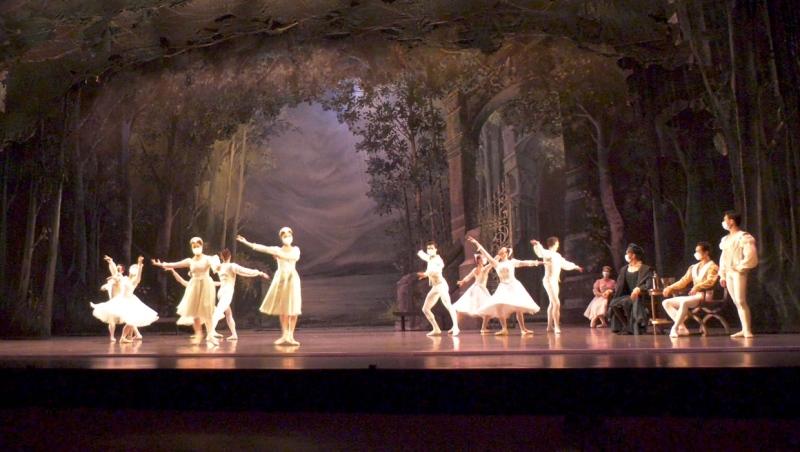 Alberta Ballet dancers run through a full dress rehearsal before their Oct. 21 opening night.