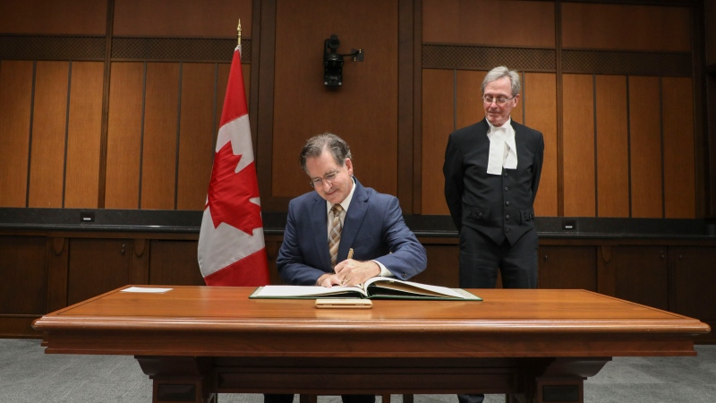 Windsor West MP Brian Massee is sworn in for the 44th session of Parliament, Oct. 22, 2021. (Source: Brian Masse)