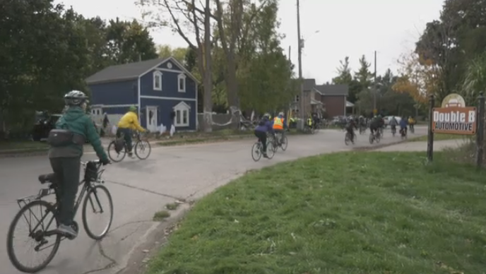 Nearly 100 cyclists join Fall Colours Bike Ride
