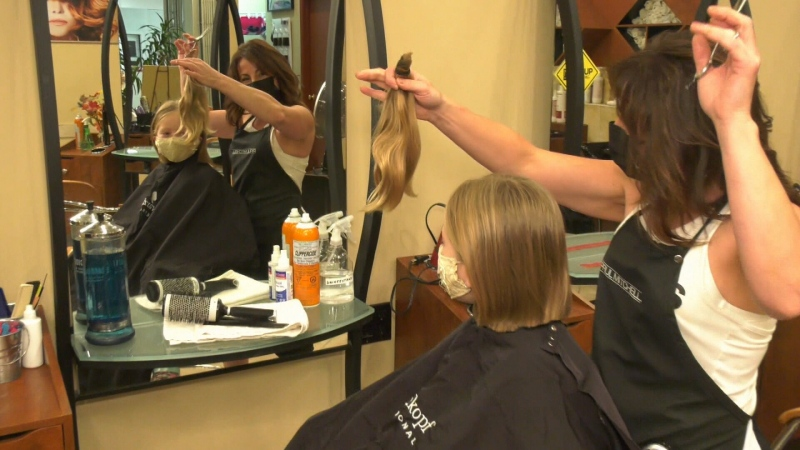 7-year-old cuts her hair for charity