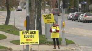 Winnipeggers advocate for a new Louise Bridge on Oct. 23 (Zachary Kitchen, CTV News)