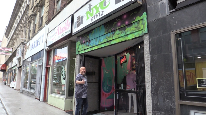 NYC Stylz Owner Dave McCallum enters his store on Richmond St. in London, Ont. on Monday Oct. 25, 2021. (Brent Lale / CVTV News)