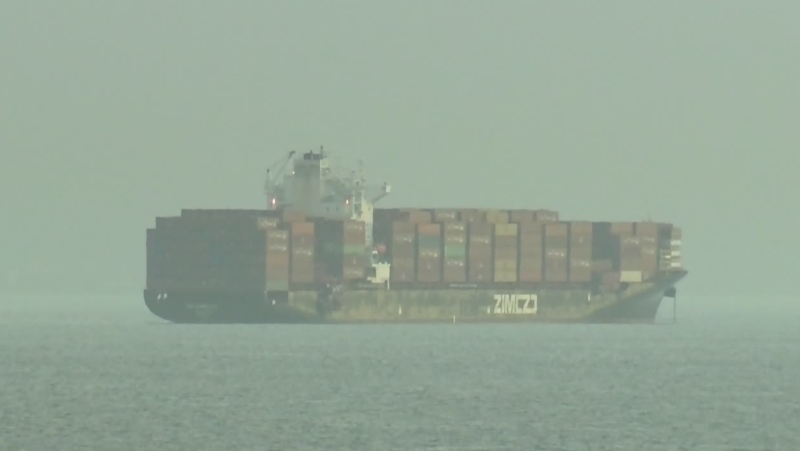 Cargo ship salvaging stalled by stormy conditions