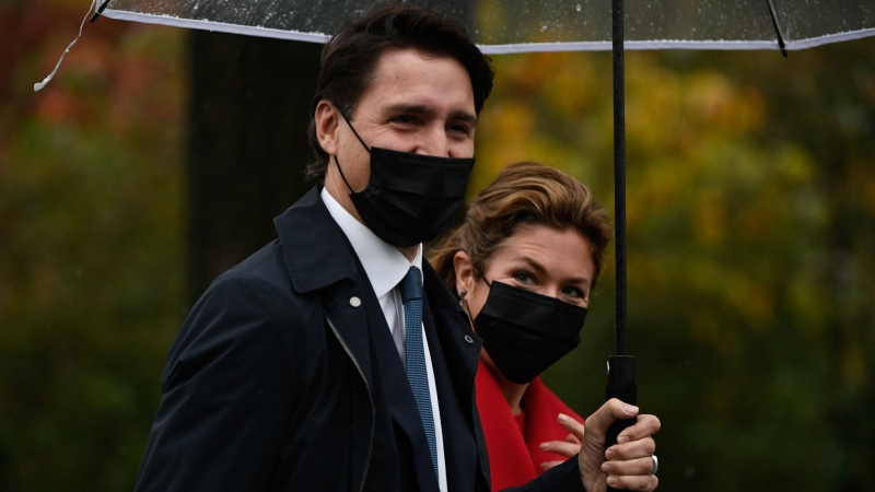 Prime Minister Justin Trudeau and Sophie Gregoire Trudeau arrive for the cabinet swearing-in ceremony at Rideau Hall in Ottawa, Tuesday, Oct.26, 2021 THE CANADIAN PRESS/Justin Tang