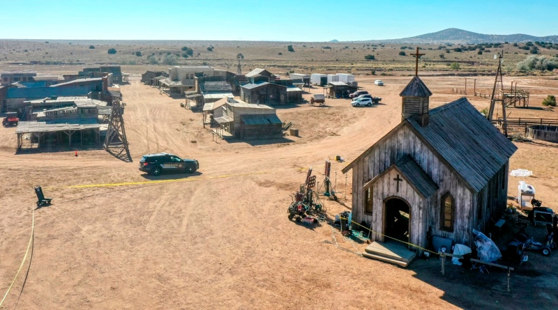 911 audio reveals the chaotic aftermath after Alec Baldwin accidentally shot Halyna Hutchins while filming 'Rust' in New Mexico.