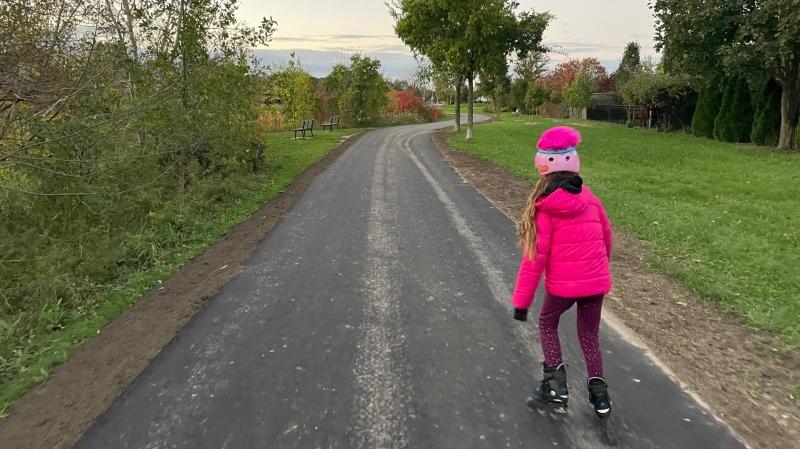 The new trail around Blue Heron Pond in Windsor, Ont., on Tuesday, Oct. 26, 2021. (Melanie Borrelli / CTV Windsor)