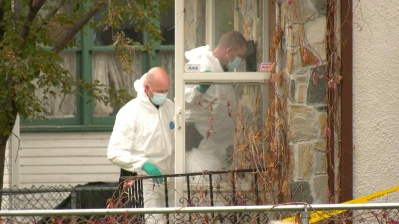 Investigations at a home on Toronto Street. (Source: Glenn Pismenny/CTV News)