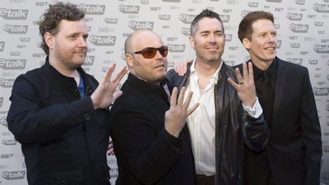Members of the band the Barenaked Ladies arrive on the red carpet for the JUNO Awards in Vancouver, Sunday, March 29, 2009. (THE CANADIAN PRESS/Darryl Dyck)