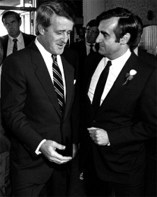 Brian Mulroney is greeted by the new Canadian Ambassador to France Lucien Bouchard at a reception in Chicoutimi, Que. on Aug. 24, 1985. (CP / Ryan Remiorz)