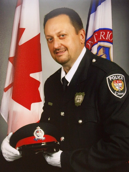 An undated Ottawa Police handout photo shows Const. Ireneusz 'Eric' Czapnik. (Pawel Dwulit / THE CANADIAN PRESS)
