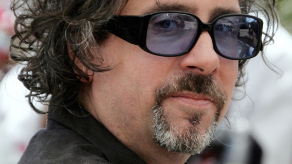 U.S. filmmaker Tim Burton poses at the 59th International film festival in Cannes, southern France, May 25, 2006. (AP / Francois Mori