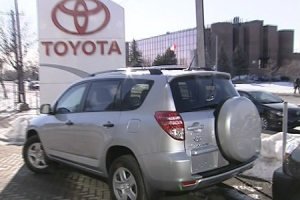 Faulty gas pedals cause major problems for Toyota | CTV News