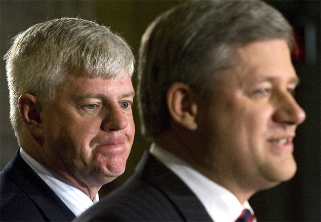 Prime Minister Stephen Harper speaks at a news conference with former Liberal cabinet minister and deputy prime minister John Manley in Ottawa on Friday, Oct. 12, 2007. (CP / Tom Hanson)