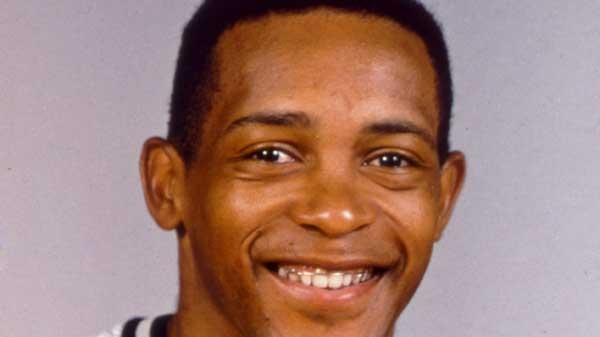 Former NBA All-Star Alvin Robertson is shown in 1987, when he played for the San Antonio Spurs. (AP)