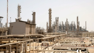 This file photo shows an oil facility in Jubail, about 600 km from Riyadh, Saudi Arabia on May. 3, 2009. (AP / Hassan Ammar, File)