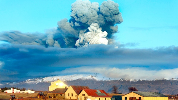 The volcano in southern Iceland's Eyjafjallajokull glacier sends ash into the air just prior to sunset Friday, April 16, 2010. (AP / Brynjar Gauti)