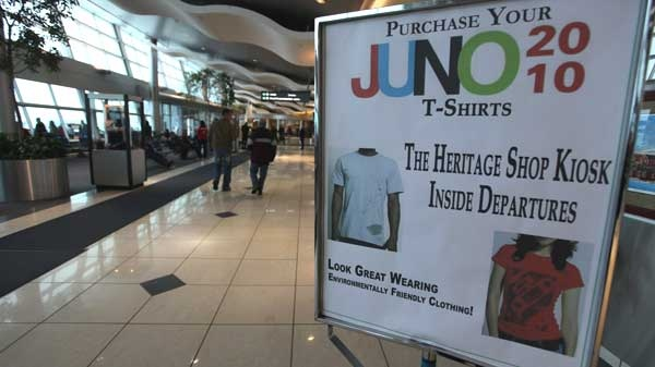 A sign for the Juno awards is shown at the St. John's International Airport on Friday April 16, 2010. (Paul Daly / THE CANADIAN PRESS)