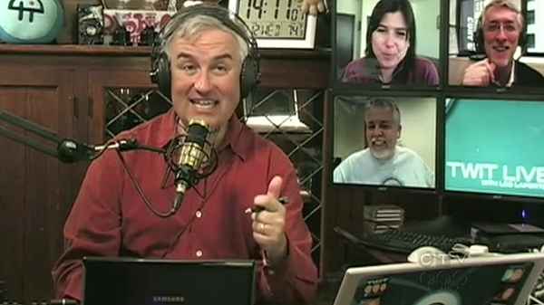 Tech pundit Leo Laporte publicly ditched his Facebook account live on the internet.