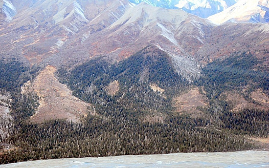 This Oct. 15, 2009 photo provided by the National Park Service shows some of the mountainous terrain in Alaska's Denali National Park. (AP Photo/National Park Service)