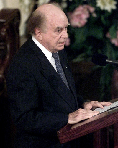 In this file photo, Jacques Hebert talks about his good friend, former prime minister Pierre Trudeau, as he delivers a eulogy during the state funeral on Oct. 3, 2000 in Montreal. (Paul Chiasson / THE CANADIAN PRESS)