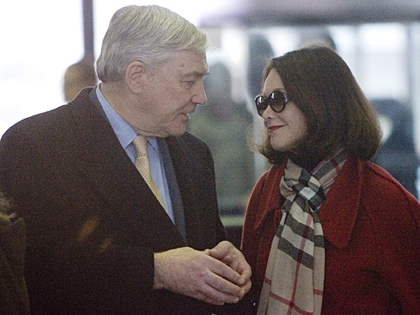 Conrad Black, who was found guilty earlier this year of obstruction of justice and other charges chats with his wife Barbara Amiel following his sentencing hearing at the Federal District Court in Chicago, All. on Monday Dec 10, 2007. (Tom Hanson / THE CANADIAN PRESS)