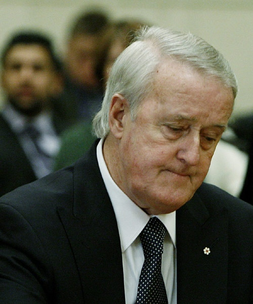 Former prime minister Brian Mulroney prepares to testify before the Commons ethics committee on Parliament Hill in Ottawa on Thursday Dec. 13, 2007. (Sean Kilpatrick / THE CANADIAN PRESS)
