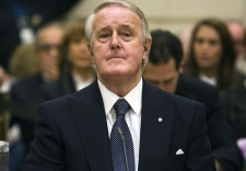 Former prime minister Brian Mulroney testifies before the Commons ethics committee on Parliament Hill in Ottawa, Thursday, Dec. 13, 2007. (Fred Chartrand / THE CANADIAN PRESS)