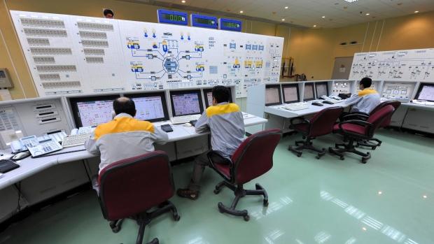 stuxnet virus
