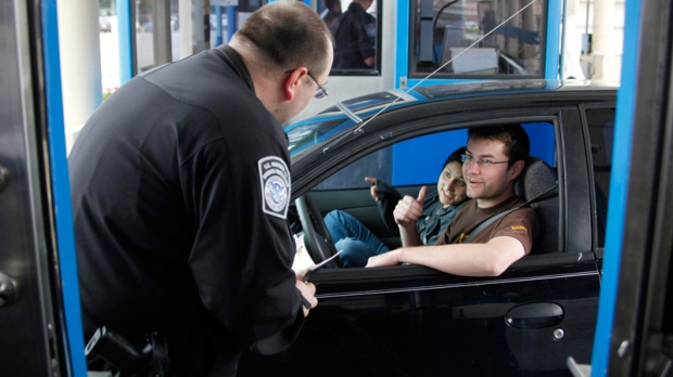 how to become a customs officer in canada