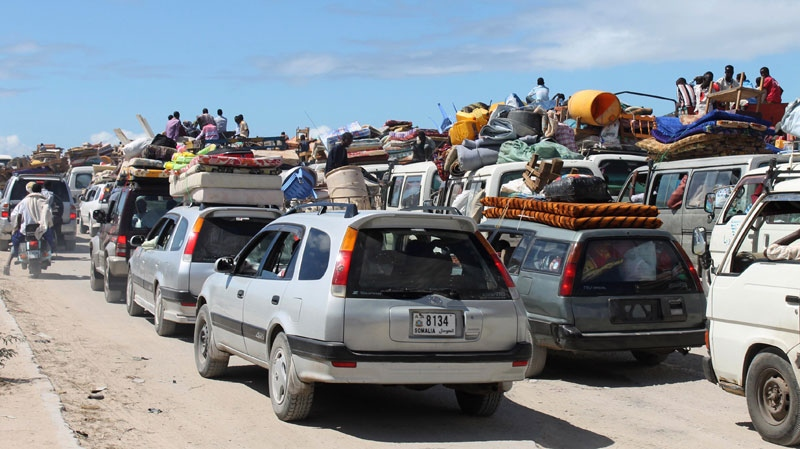 somalia, civilians, fleeing, mogadishu,