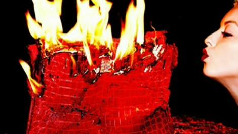 Francesca Eastwood sparks public outrage for burning a $100K Birkin bag and calling it art.