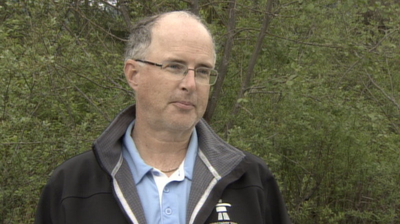 Dave Anderson tells CTV News how he was attacked by a black bear while sitting in a hot tub behind his Whistler time share. June 4, 2012. (CTV)