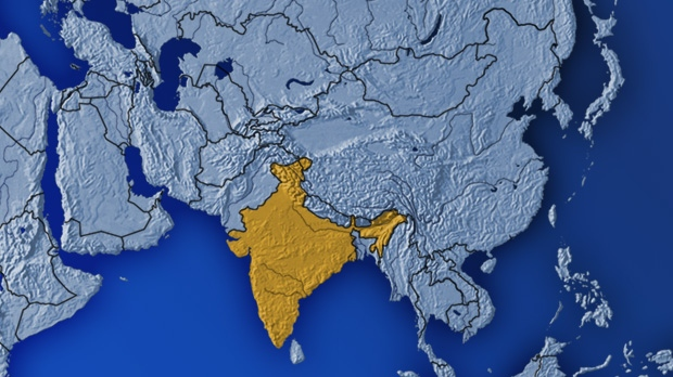 12 dead, 35 missing in boat accident on southern India river