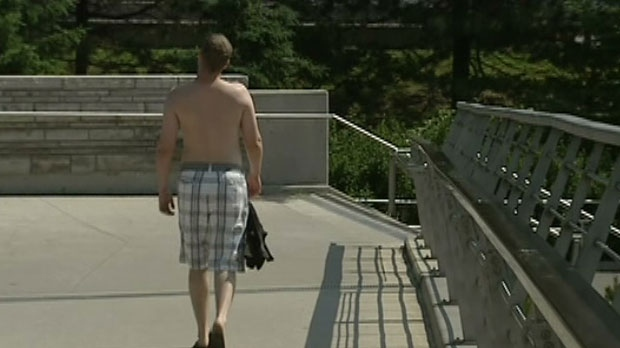 People in Ottawa try to stay cool as high heat and humidity blanket the capital region.