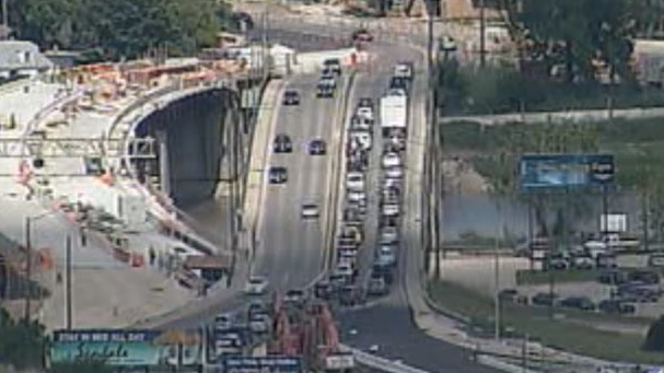 The Disraeli overpass will open all of its southbound lanes at 6 a.m. on Monday. (file image)