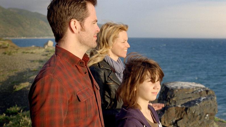 Chris Pine, Elizabeth Banks and Michael D'Addario in Walt Disney Studios and DreamWorks' 'People Like Us.'