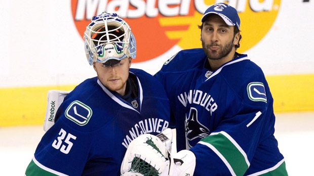 Canuck Cory Schneider to start against Flames