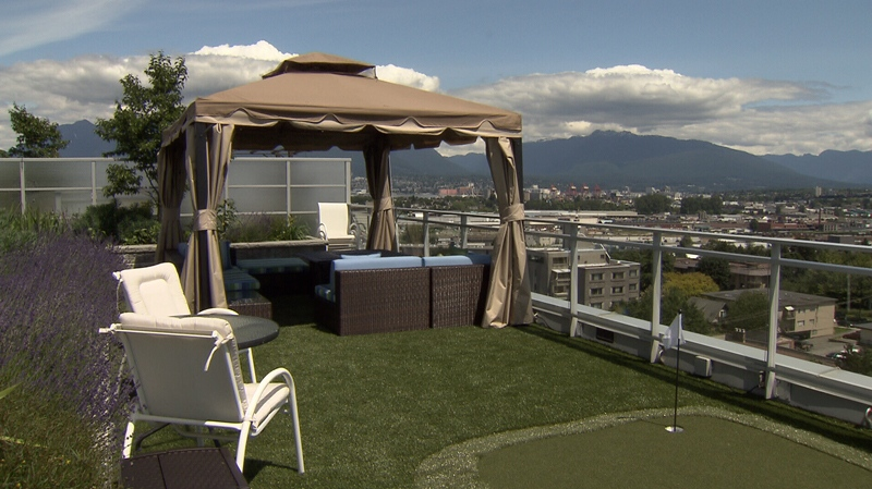 This east Vancouver rooftop has a custom-made synthetic lawn and putting green.